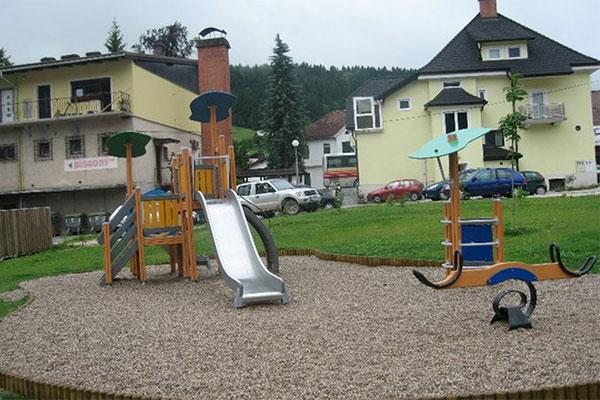 2009_mezica_leska_2.jpg